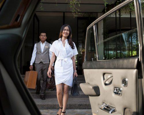 Hotel's-Car 5